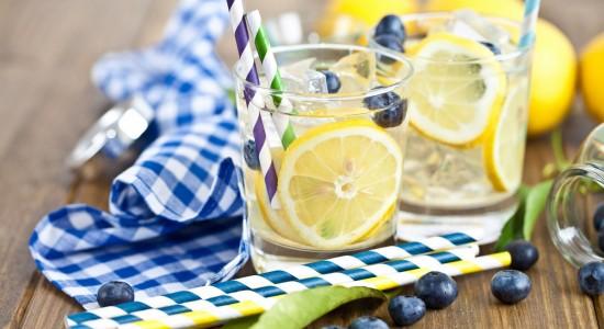 drink-lemon-berries-blueberries-towel-straw-ice-cubes-1920x1200