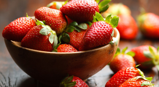 strawberries_picture_photography_strawberry_1680x1050_hd-wallpaper-1550375