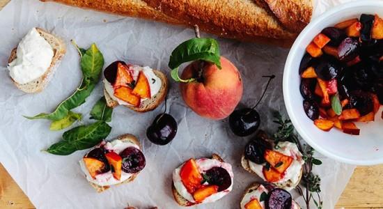 Cherry-Peach-Bruschetta-with-Honey-Garlic-Goat-Cheese-5