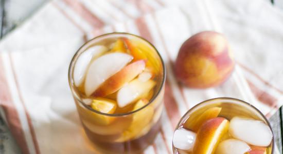 Peach+Sweet+Iced+Tea+with+Bourbon-+My+Diary+of+Us (1)