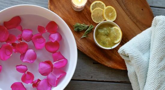 Lemon-Rosemary-Footbath