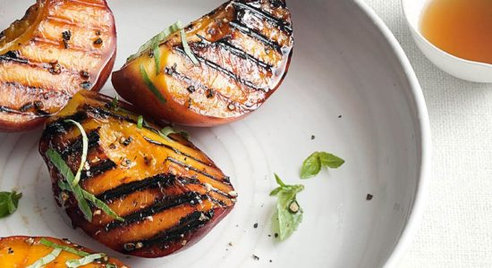 51241460_grilled-peaches_1x1