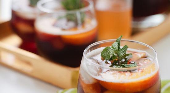 Bourbon-Peach-Iced-Tea-with-Mint-4